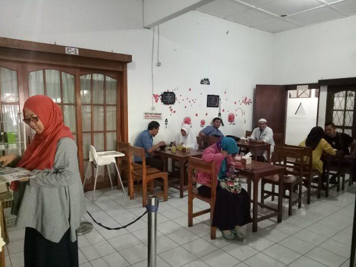 indoor-majelis-mie